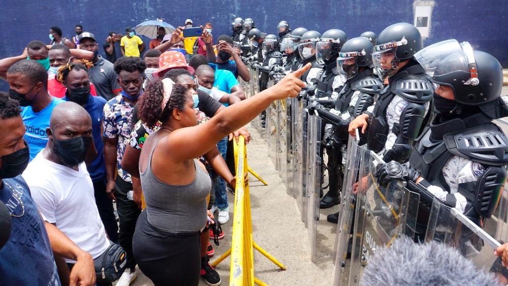Estado mexicano da trato inhumano a migrantes en frontera sur: EZLN - migrantes haitianos Guardia Nacional Comar Chiapas