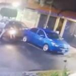 #Video Pareja corre a su casa para evitar ser asaltada en Iztapalapa