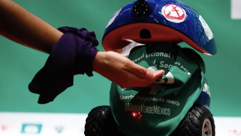 RAborta, robot para el aborto seguro en entidades donde está penalizado - RAborta, el robot que facilita el aborto en entidades donde está penalizado. Foto de EFE
