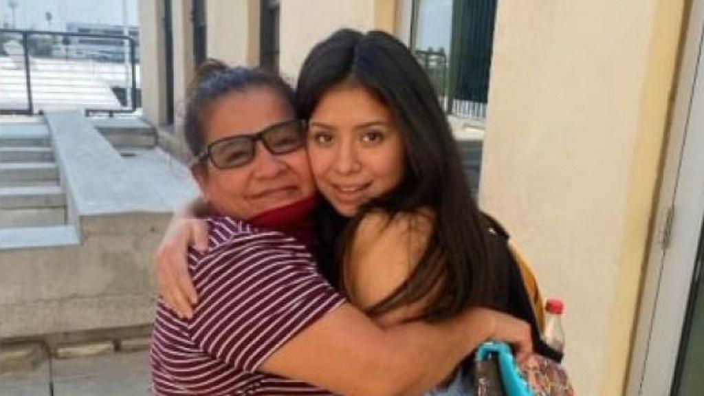 Mexicana se reencuentra con su hija 14 años después de su secuestro - Reencuentro de Angélica Vences-Salgado con su hija Jaqueline