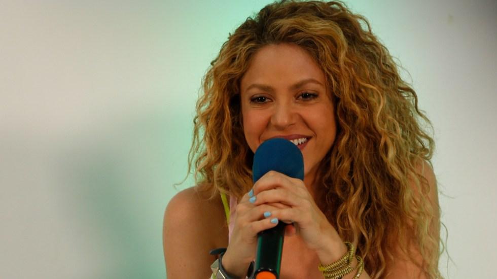 """Denuncian que acompañantes de Shakira """"intimidaron"""" a fotógrafo en España - Shakira"""