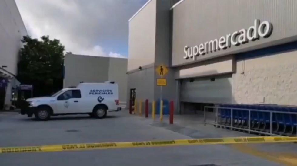 Asesinan en supermercado de Cancún a guardia de seguridad - Supermercado Walmart cancún Guardia de seguridad