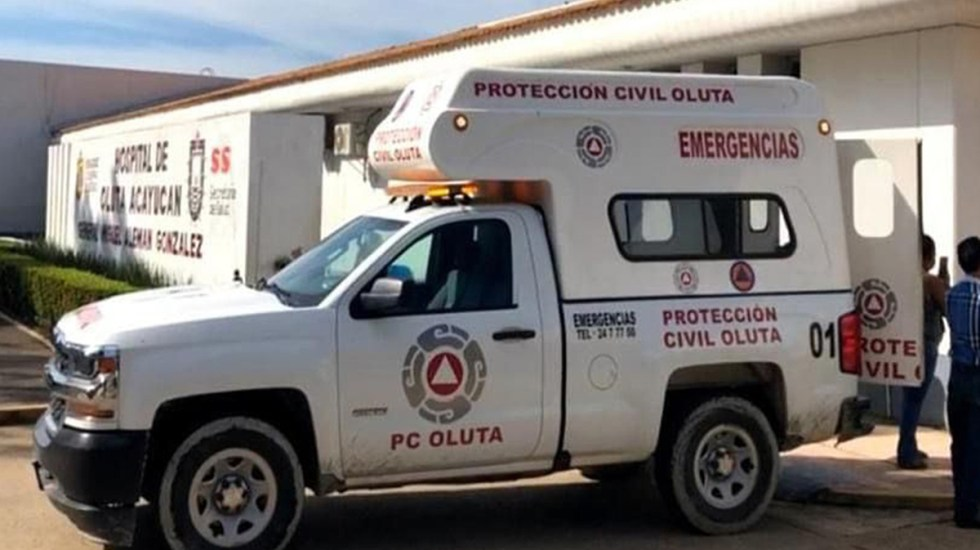 Hieren de un disparo a migrante en carretera de Veracruz - Ambulancia de Oluta, Veracruz