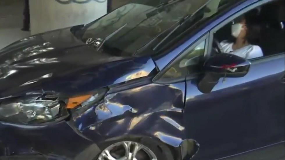 Choque en Azcapotzalco deja tres mujeres lesionadas - Automóvil particular chocado por transporte público en Azcapotzalco
