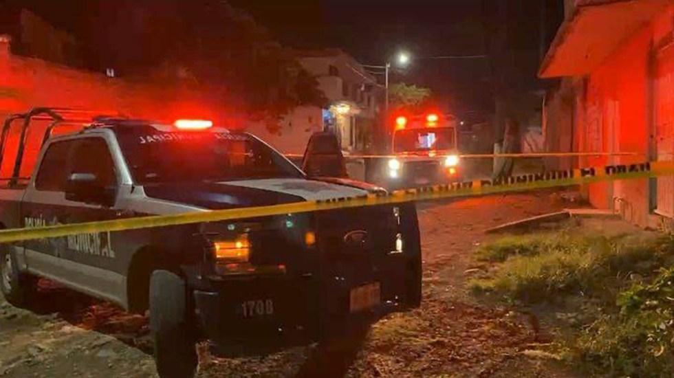 Asesinan a siete personas en Jalisco en menos de doce horas - Calle acordonada en Tlaquepaque por homicidio de cuatro personas
