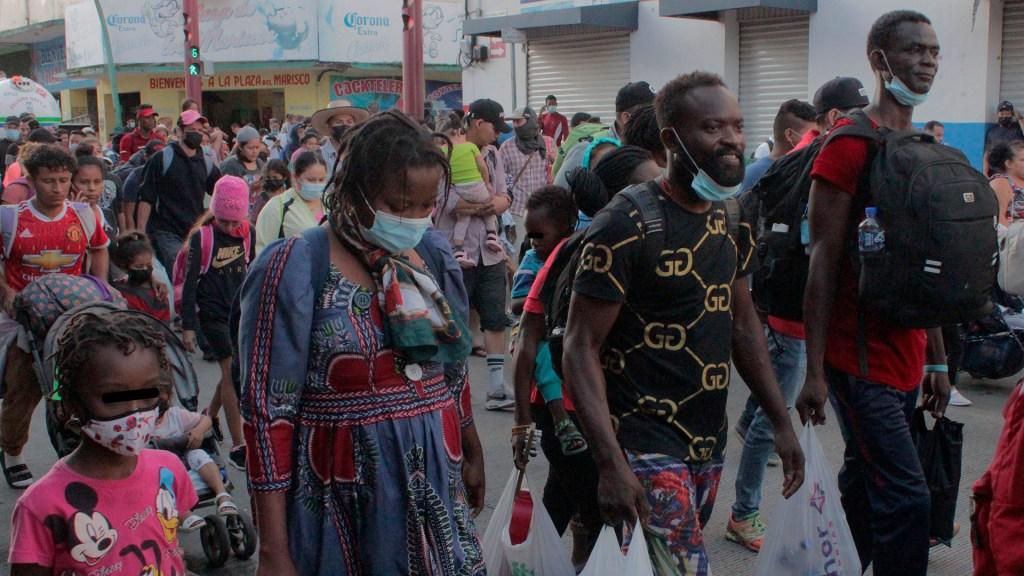 Avanza caravana migrante por Chiapas; buscan llegar a CDMX - Caravana migrante que avanza por Chiapas