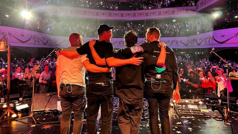 """Coldplay anuncia gira mundial """"sostenible"""" para 2022 - Coldplay en concierto"""