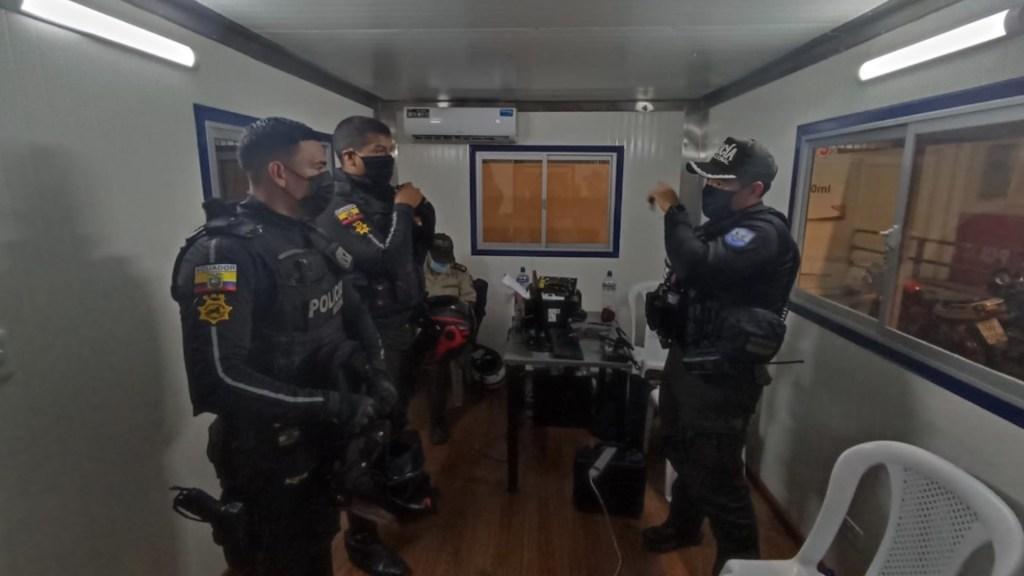 Ecuador declara estado de excepción por inseguridad - Ecuador declara estado de excepción por inseguridad. Foto de Twitter Policía Ecuador
