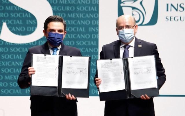 IMSS y Sindicato firman revisión del Contrato Colectivo de Trabajo - IMSS y Sindicato firman revisión del Contrato Colectivo de Trabajo. Foto de IMSS
