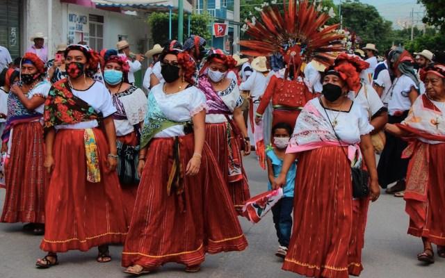 Realizan tradicional procesión de vírgenes en Chiapas - Realizan tradicional procesión de vírgenes en Chiapas. Foto de EFE
