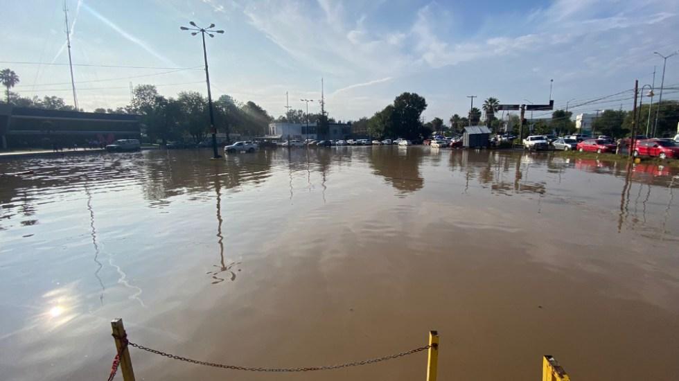 Lluvia deja varias vialidades inundadas en Morelia, Michoacán - Inundación en Morelia, Michoacán. Foto de Radio Fórmula Michoacán/ Marco Santoyo.