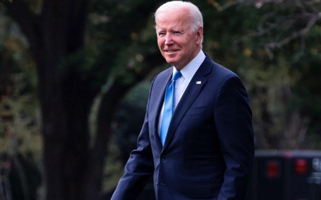 """Biden llama por teléfono a Clinton y le desea """"rápida recuperación"""" - Biden llama por teléfono a Clinton y le desea"""
