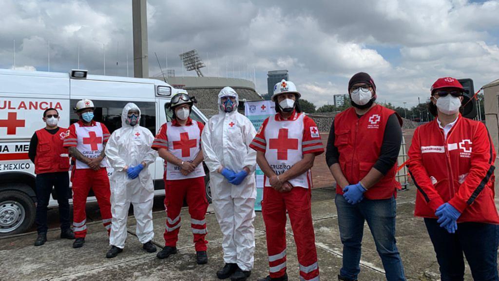 Cruz Roja aplicará pruebas COVID-19 gratis a comunidad UNAM - Personal de la Cruz Roja que aplicará pruebas COVID-19 en UNAM