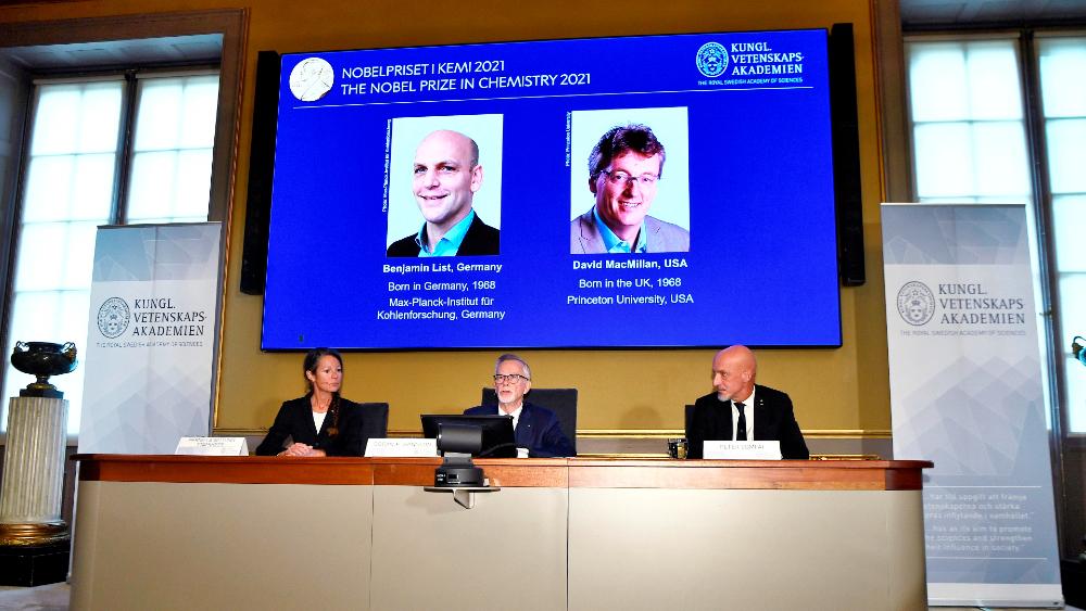 Nobel de Química a List y MacMillan por nueva forma de crear moléculas - Premio Nobel Química 2021 List McMillan