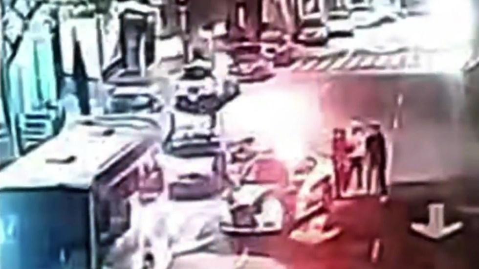 #Video Policías CDMX hieren de bala a civil; presumen abuso policial - Presunto abuso policial en Álvaro Obregón. Captura de pantalla / Noticieros Televisa