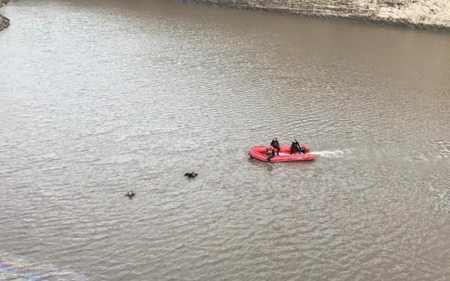 Aumentan a seis las muertes en Querétaro por inundaciones - Recuperación de cuerpo en Querétaro