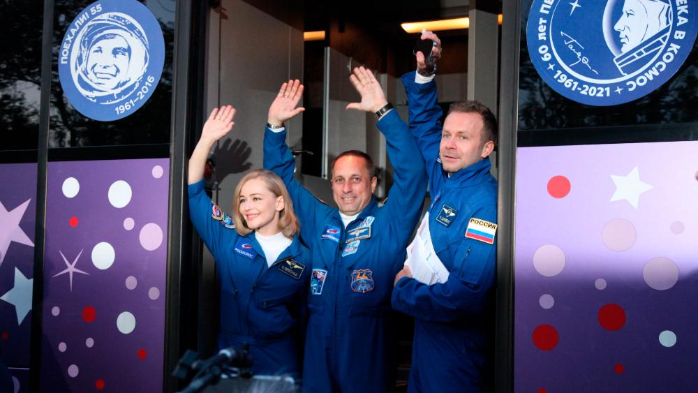Rusia envía misión para grabar primera película en el espacio - Rusia misión película Soyuz EEI