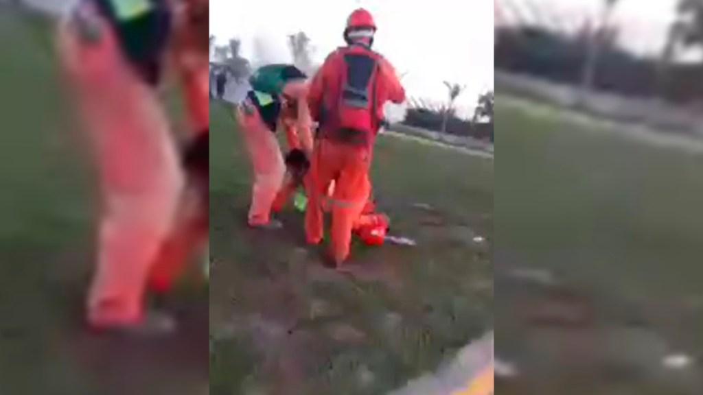 """#Video Hieren con bala de goma a trabajador de Dos Bocas; """"Voy a perder mi ojo"""", afirma - Trabajador de Dos Bocas herido en el ojo"""