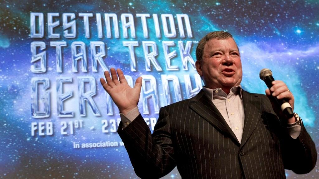 El actor William Shatner de Star Trek irá en nuevo vuelo espacial de Blue Origin - William Shatner