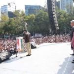 01 dic 2012 AMLO-Ángel de la Independencia 12