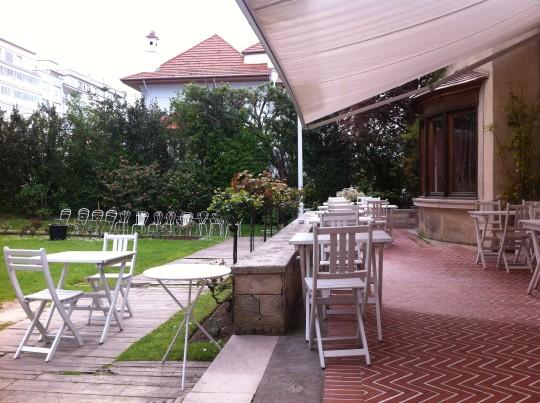 Un vistazo a la terra de restaurante Deluz (foto: Cuchillo)