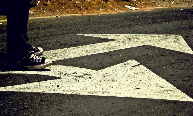 Decidir un camino de Alfonsina Blyde, en Flickr