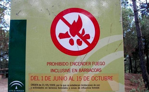 La Junta prohíbe usar fuego y la circulación de vehículos en espacios forestales