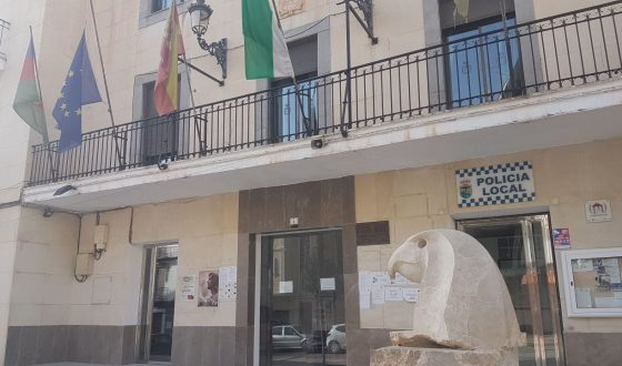 La deuda viva del Ayuntamiento baja hasta los 728.000 €
