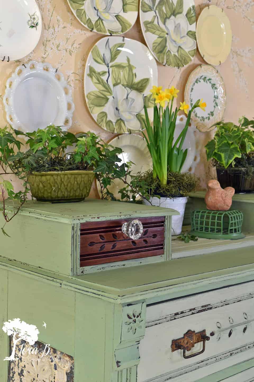 Dresser Makeover in Vintage Green