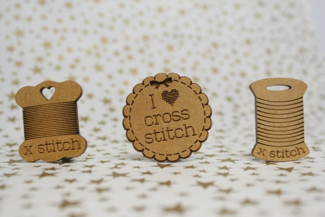 wood cross stitch needle minder