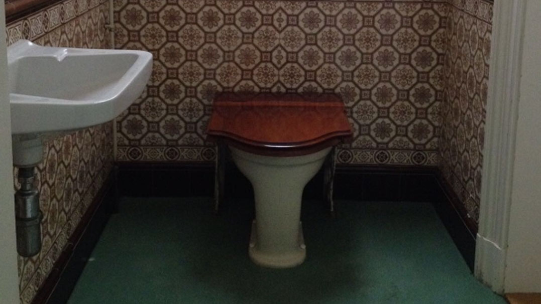 Ouderwetse Stortbak Toilet : Lord b pagina van toilet s