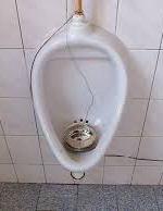 4+4 dny v pohybu 2020 urinal music instalation
