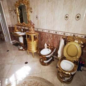 Russische gouden wc