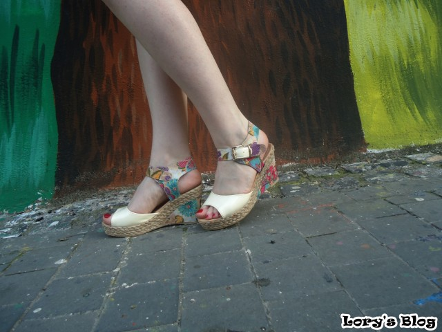 OOTD-rochita-May-street-outfit-sandale-cu-platforma