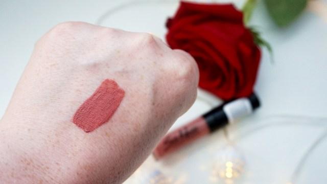 Silk Matte Liquid Lipstick Flormar - nuanta 02
