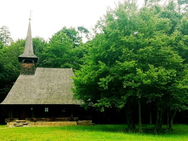 biserica la Muzeul Civilizatiei Populare Traditionale Astra din Sibiu