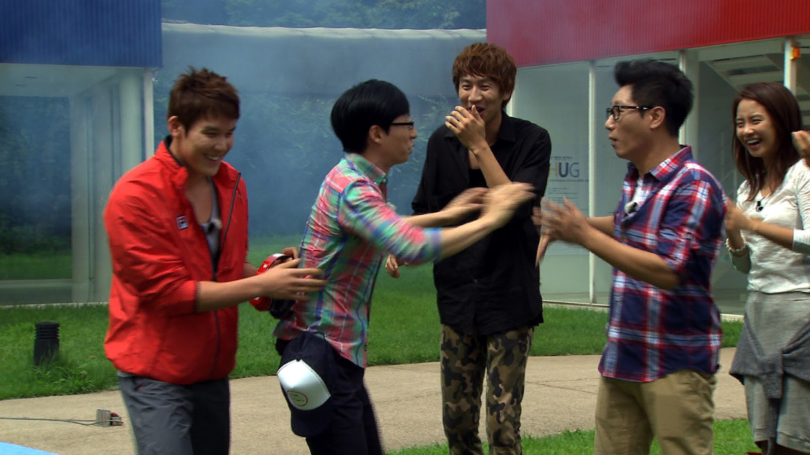 Image of: Zombie Running Man Ep109 Opening Sequence Channelkorea Running Man To Script Or Not To Script Lore In Stone Cities