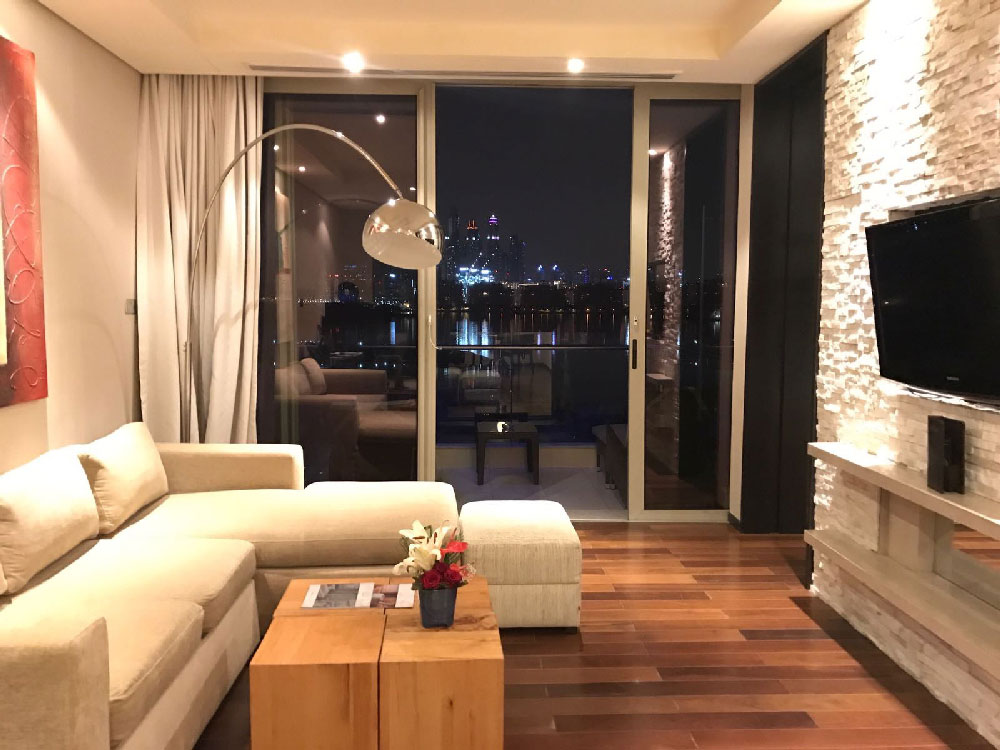 junior-suite-night-view-rixos-the-palm