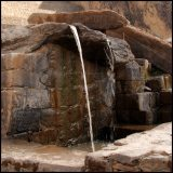 une des fontaines sacrées / on of the sacred fountain - Ollantaytambo
