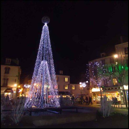 Illumination de Noël, Rueil-Mamaison, France - Christmas Illumination, France