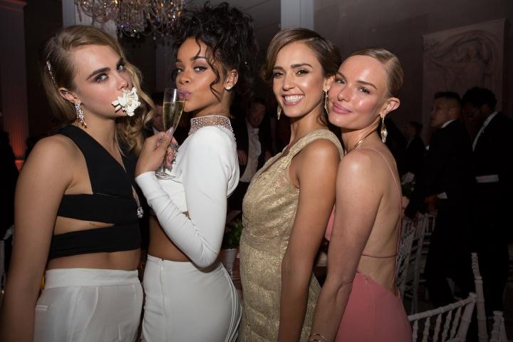 Cara Delevingne, Rihanna, Jessica Alba és Kate Bosworth