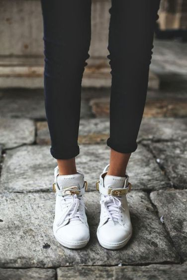 utcai sportcipő