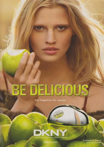dkny-be-delicious-fragrance-lara-stone-by-mikael-jansson