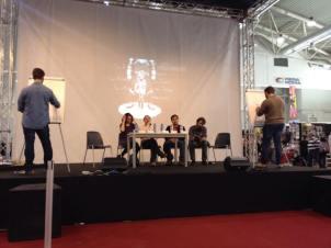 Disegni live durante la lettura del brano! Sullo sfondo: un disegno di Lorenzo Magalotti.