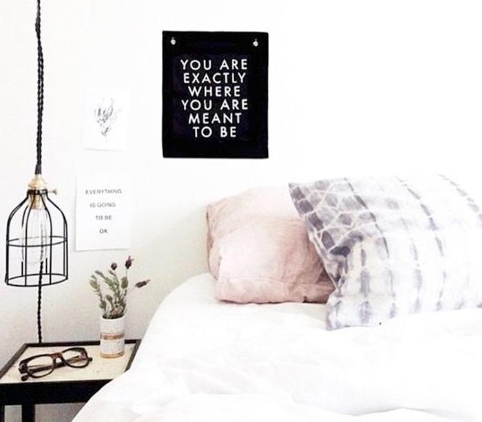 Dica amiga: Como decorar seu quarto gastando pouco