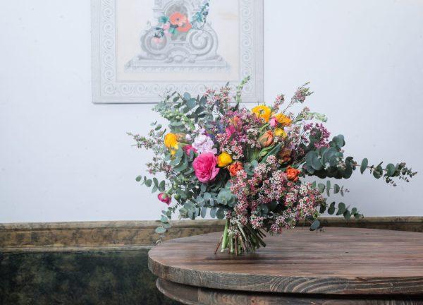 Ramo de flores de temporada Loreto Aycuens