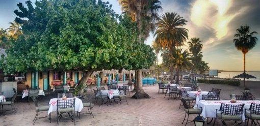 Del Carmen Restaurant