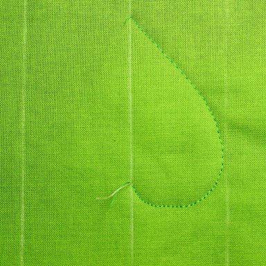 Free Motion Quilting Tutorial-The Elegant Leaf