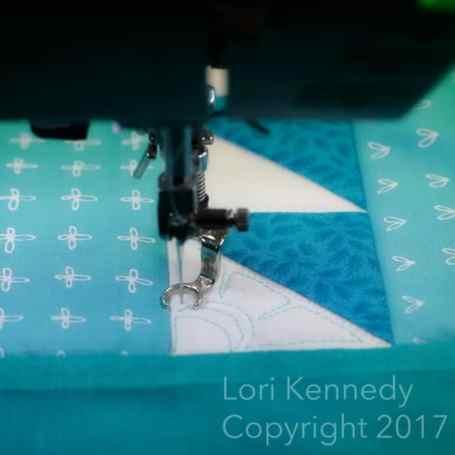 HST Flowers, Machine Quilting, Lori KennedyHST Flowers, Machine Quilting, Lori Kennedy