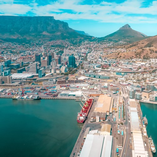 A helicopter tour with Cape Town Helicopters